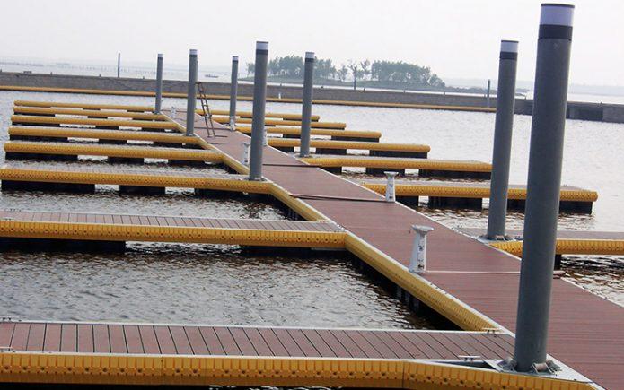 Composite-Dock-Decking-695x435 Blog