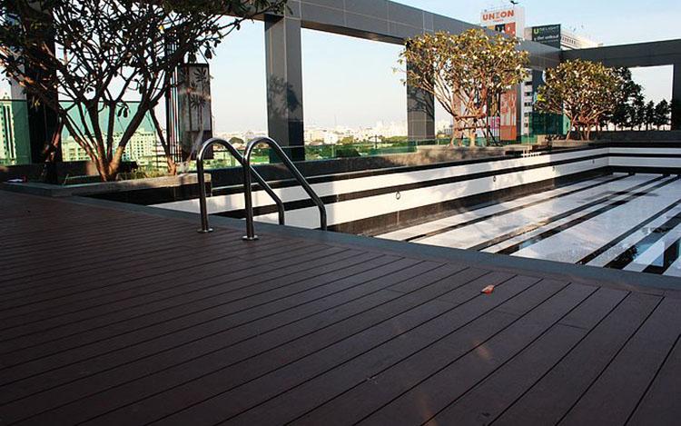 Pool-Decking