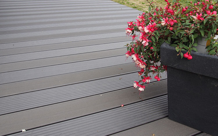 building-a-garden-deck Projects