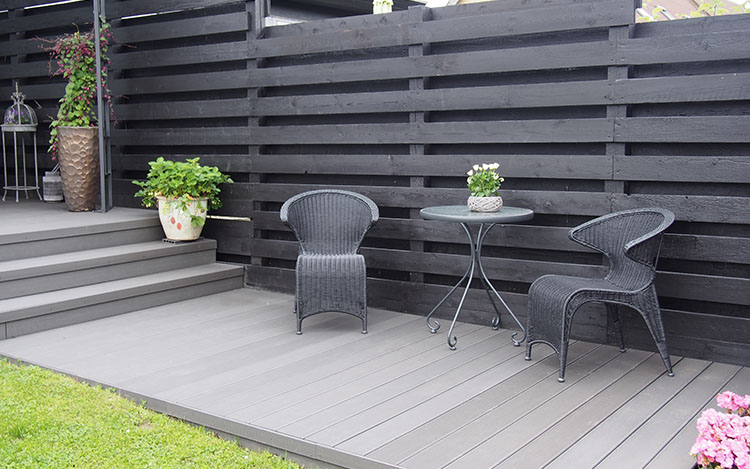 pros and cons of WPC decking